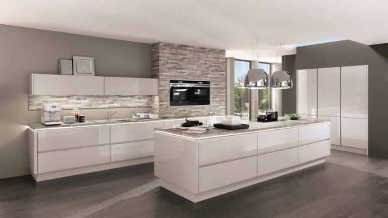 Muebles de cocina estilo gola en laca brillo, mate o laminado