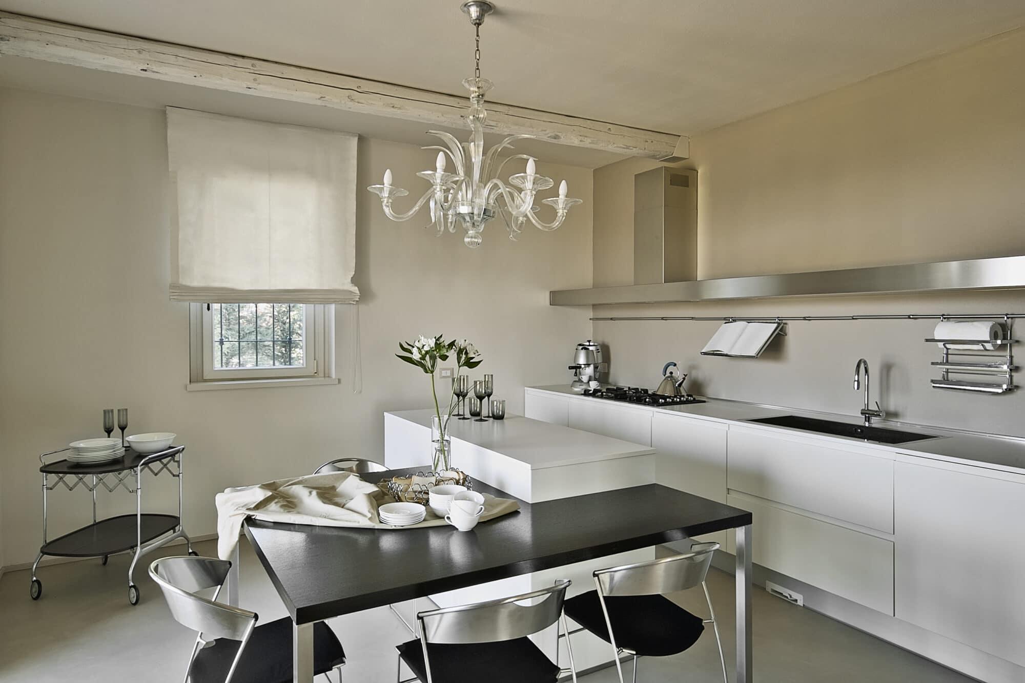 cocina-moderna-muebles-auxiliares