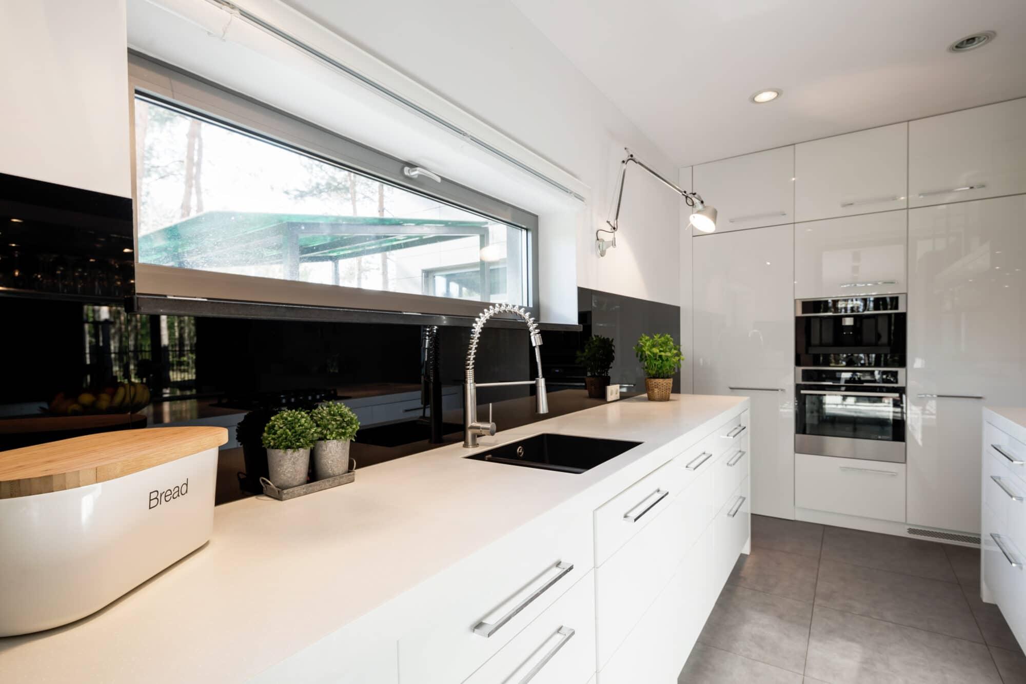¿Qué material elegir para los muebles de cocina?